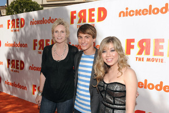 Jane Lynch, Lucas Cruikshank and Jennette