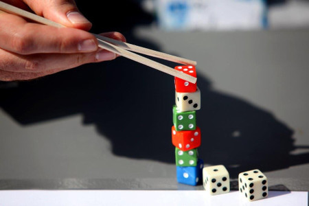 Dice Stacking Scare Game