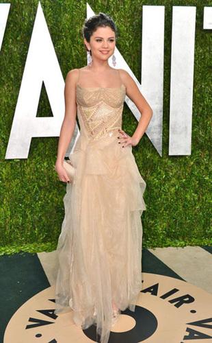 Selena Gomez rocks the red carpet