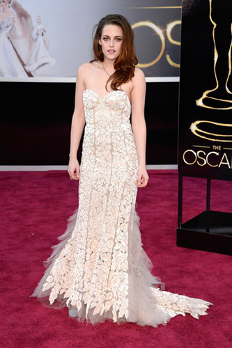 Kristen Stewart wears pretty lace in Reem Acra