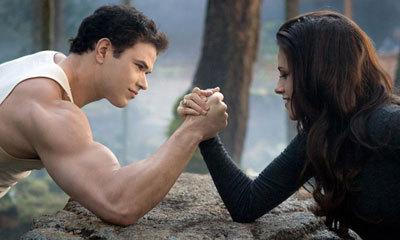 Bella is stronger than Emmett