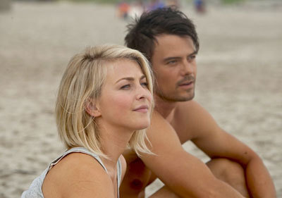 Julianne (as Katie) and Josh (as Alex) on the beach