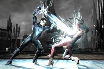 Nightwing sticks it to his opponent
