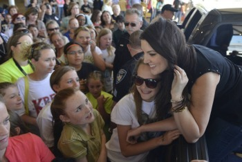 Kree Harrison Visits Her Hometown