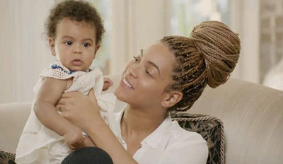 Beyoncé with daughter Blue Ivy