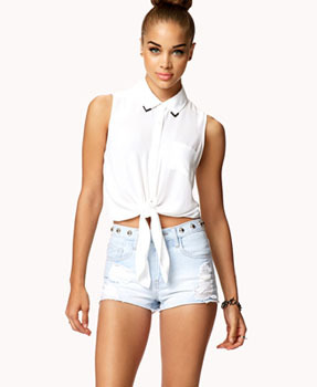 Forever 21 tie-waist top, $12