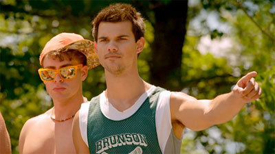 Taylor Lautner challenges the adult guys
