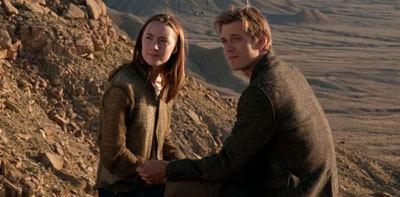Melanie/Wanda and Ian outside the caves