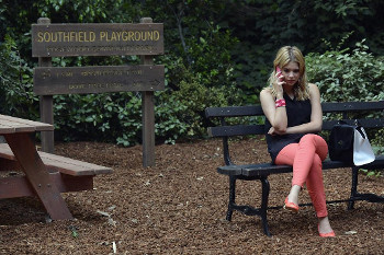 Hanna is determined to set her mom free