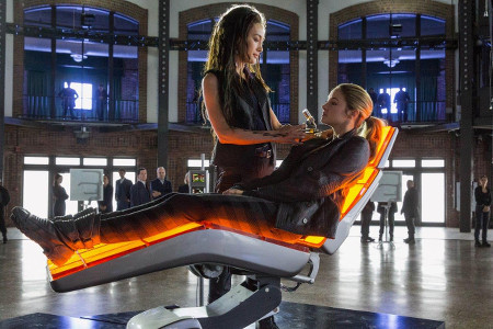 Tris takes her test on Choosing Day