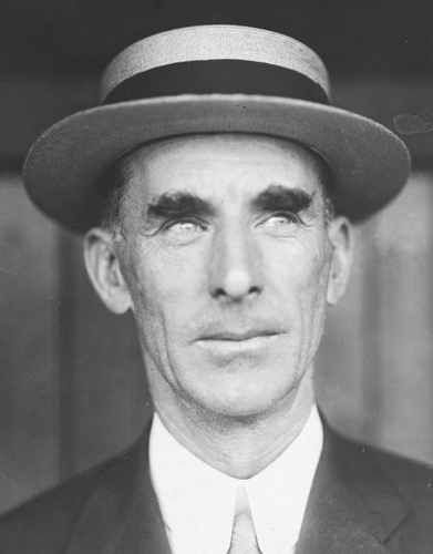 Connie Mack was a pioneer for manager fashion