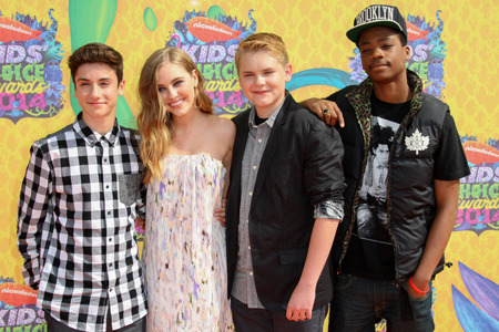 Teo, Ella, Reese and Astro (cast of Earth to Echo)