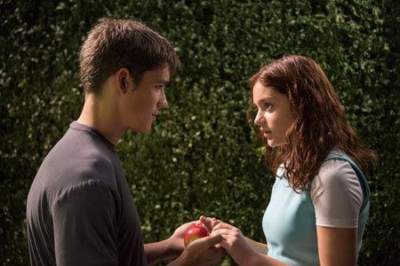Jonas has feelings for Fiona