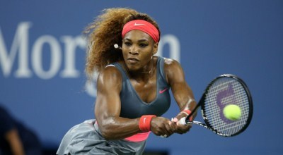 Serena smashes a backhand winner