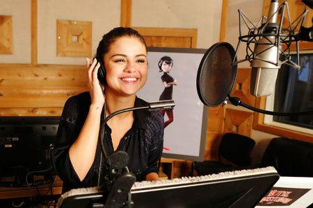 Selena Gomez records her Mavis voice