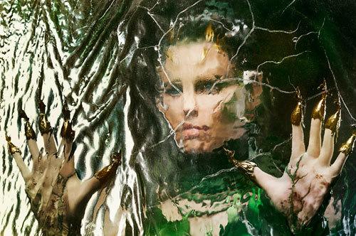 Rita Repulsa casts her spell