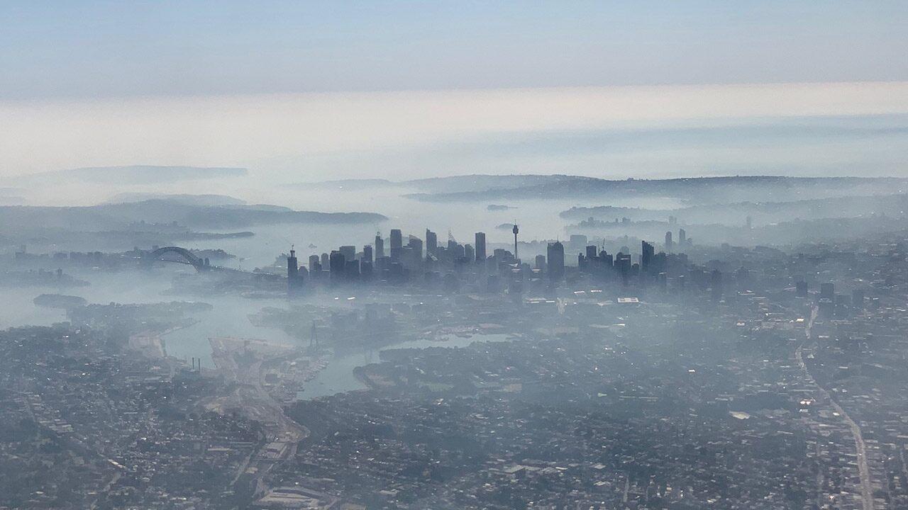 Australia wildfires shroud Sydney in