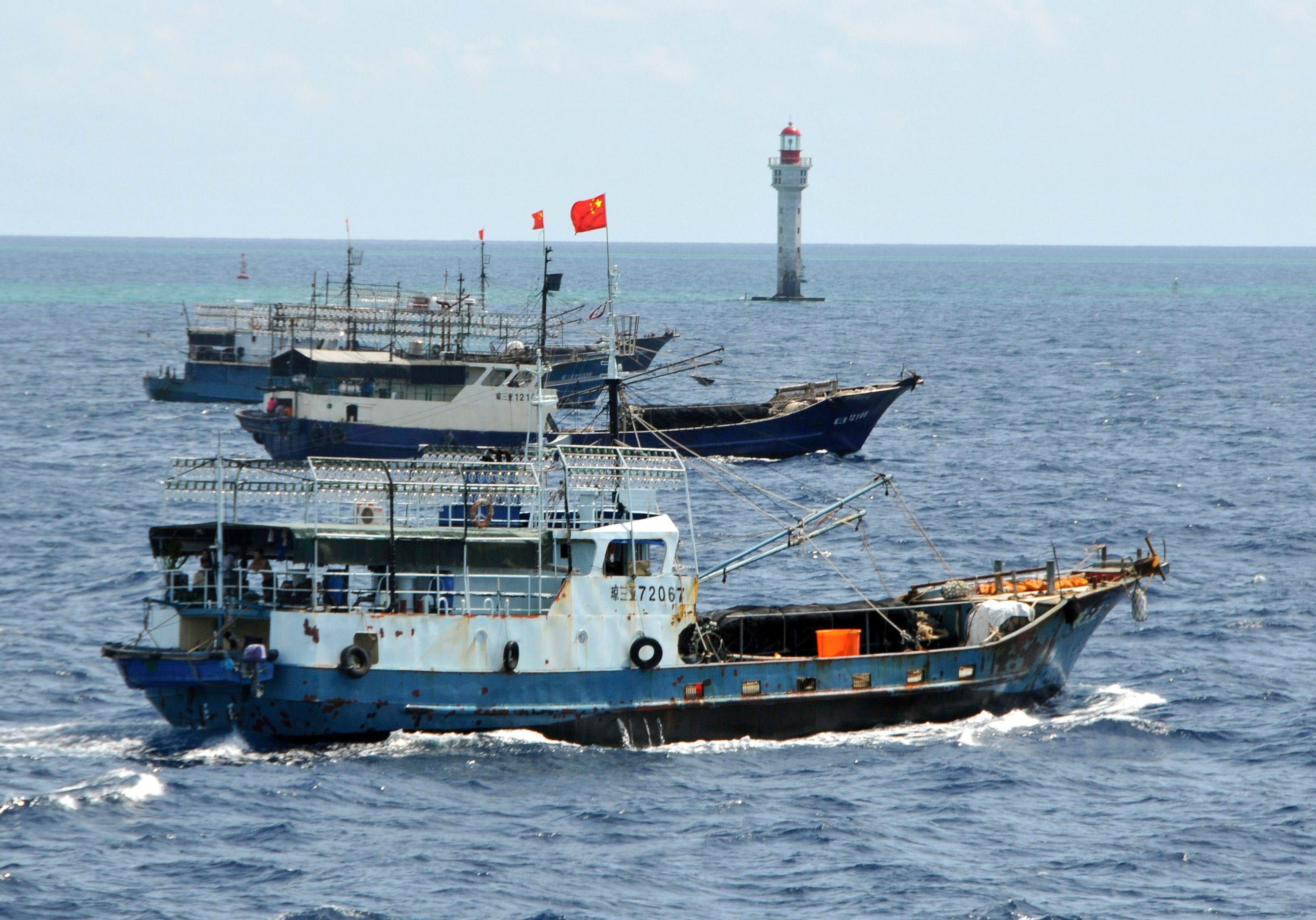 Chinese fleet fishing near Galapagos