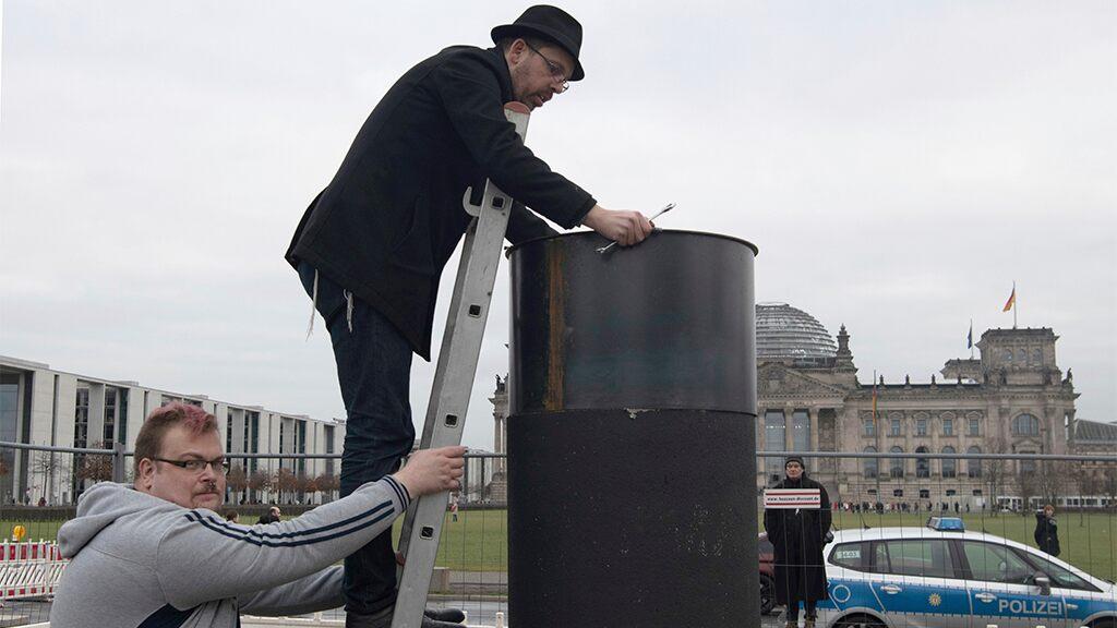 Berlin police block activists from