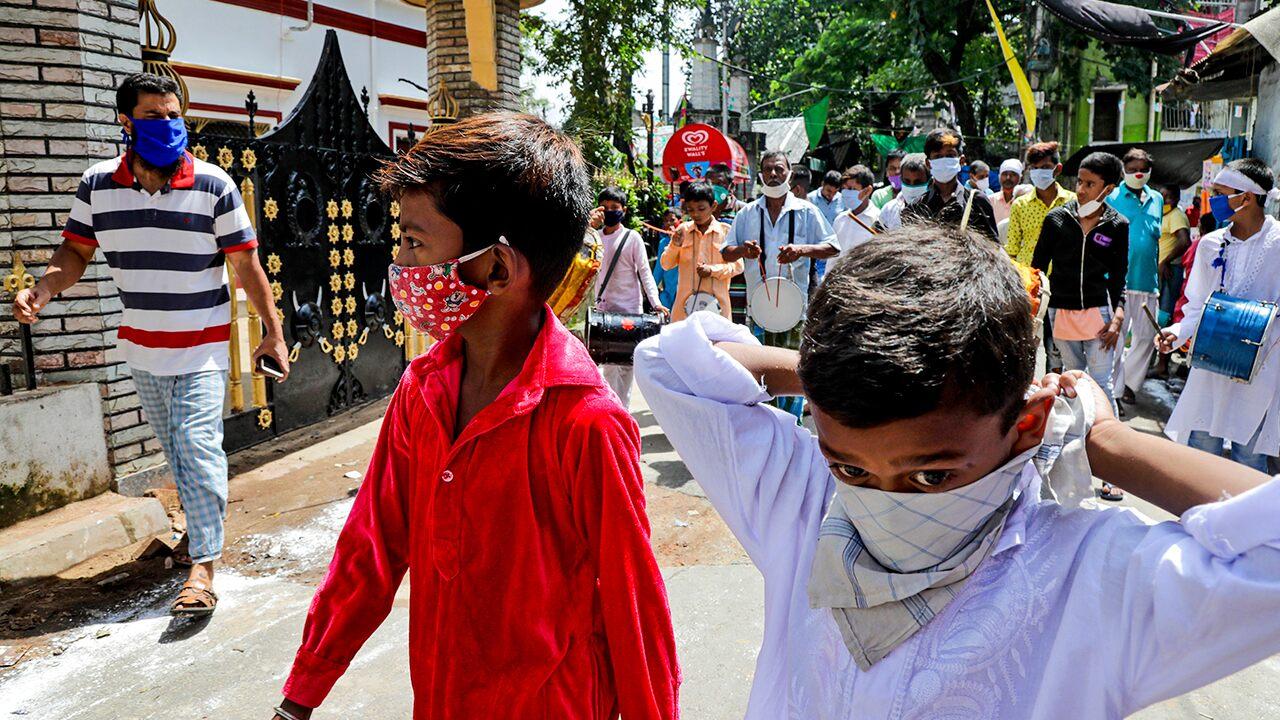 India records biggest single-day coronavirus