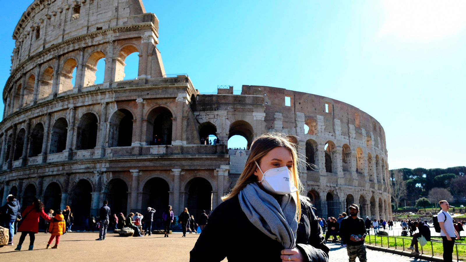 Italy toughens mask rules and