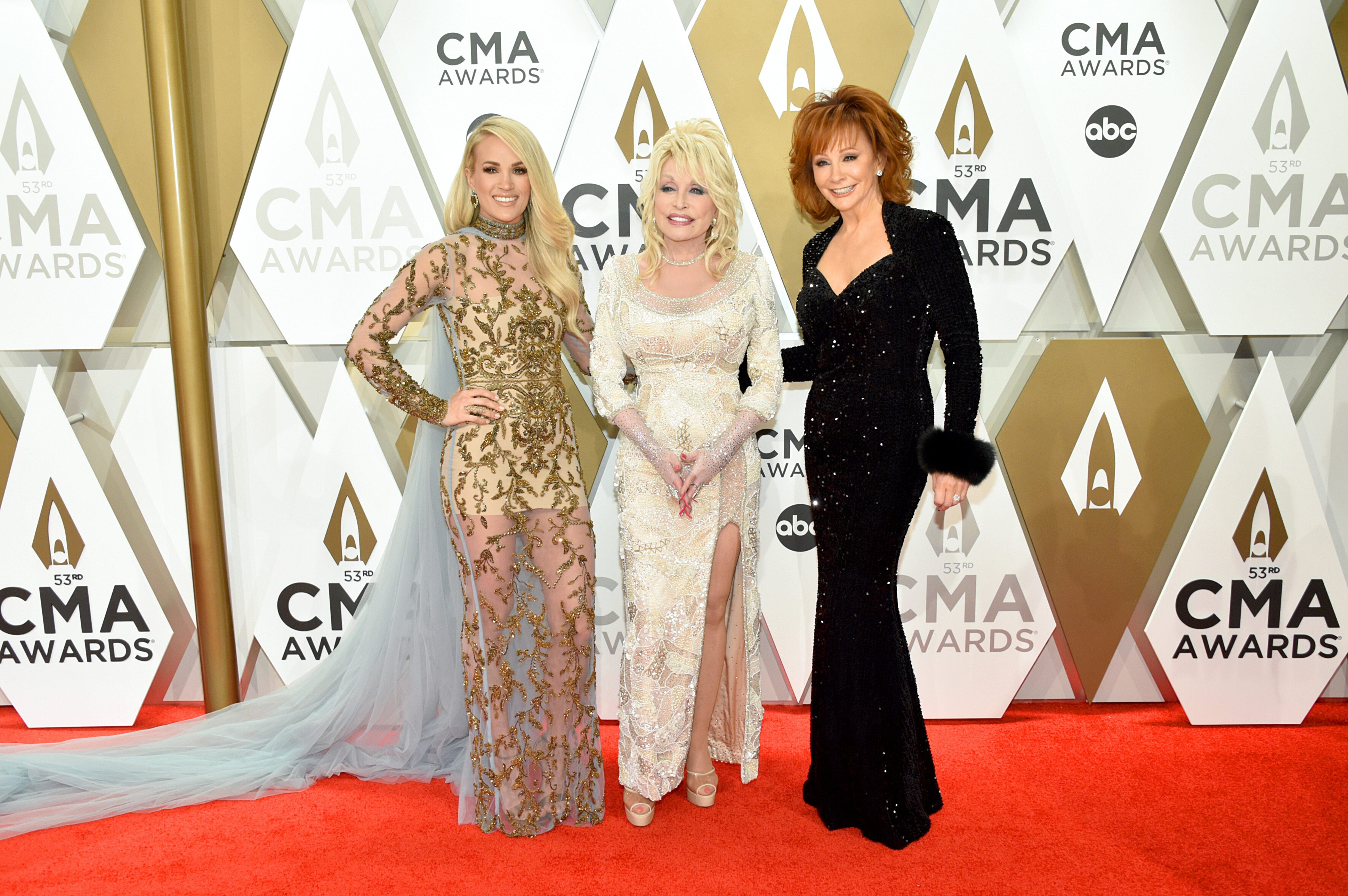 CMAs 2019: Carrie Underwood, Dolly