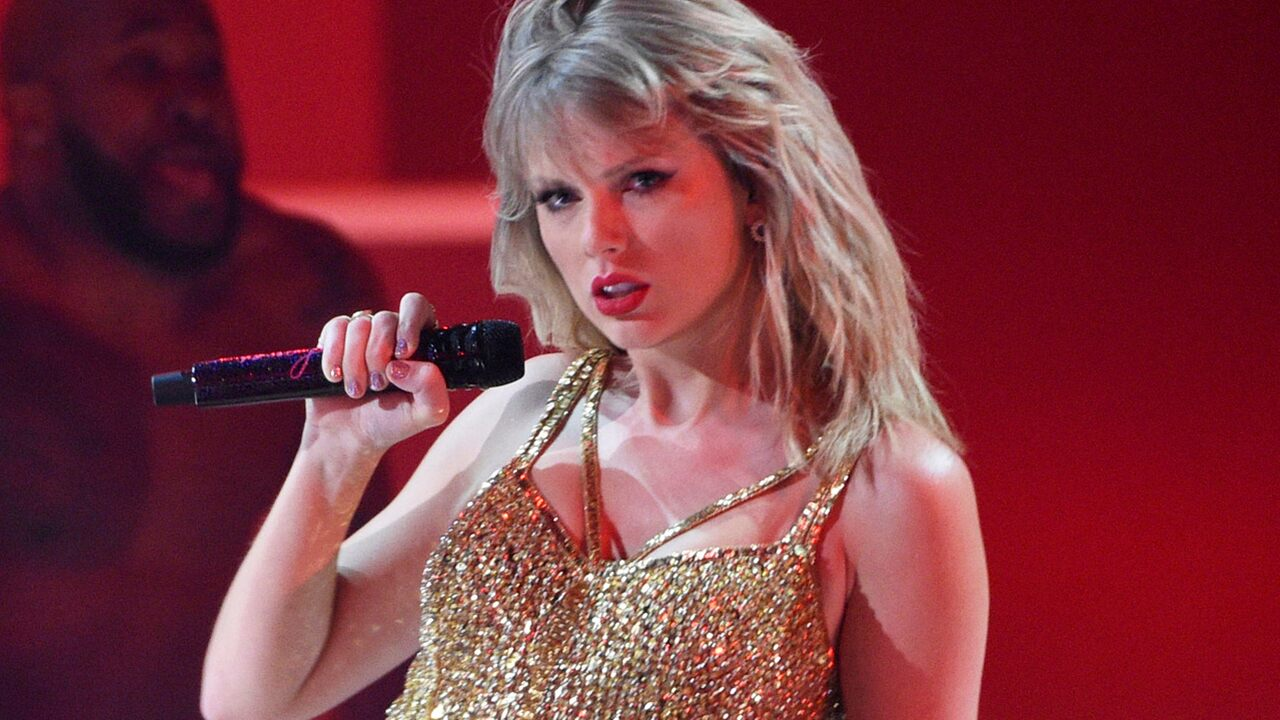 Taylor Swift reveals eating disorder