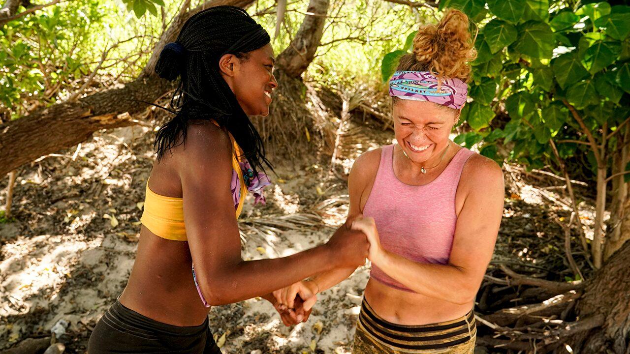 'Survivor' contestants apologize for sexual