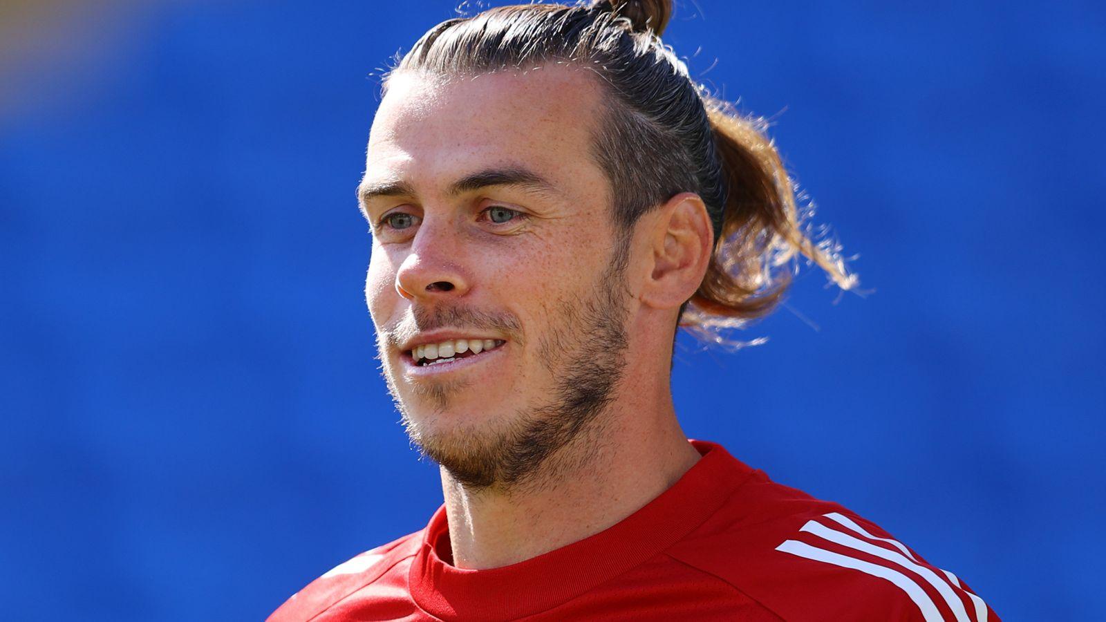 Bale: I grew up at
