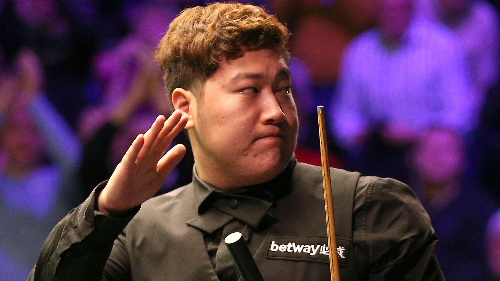 Yan Bingtao upsets Higgins to