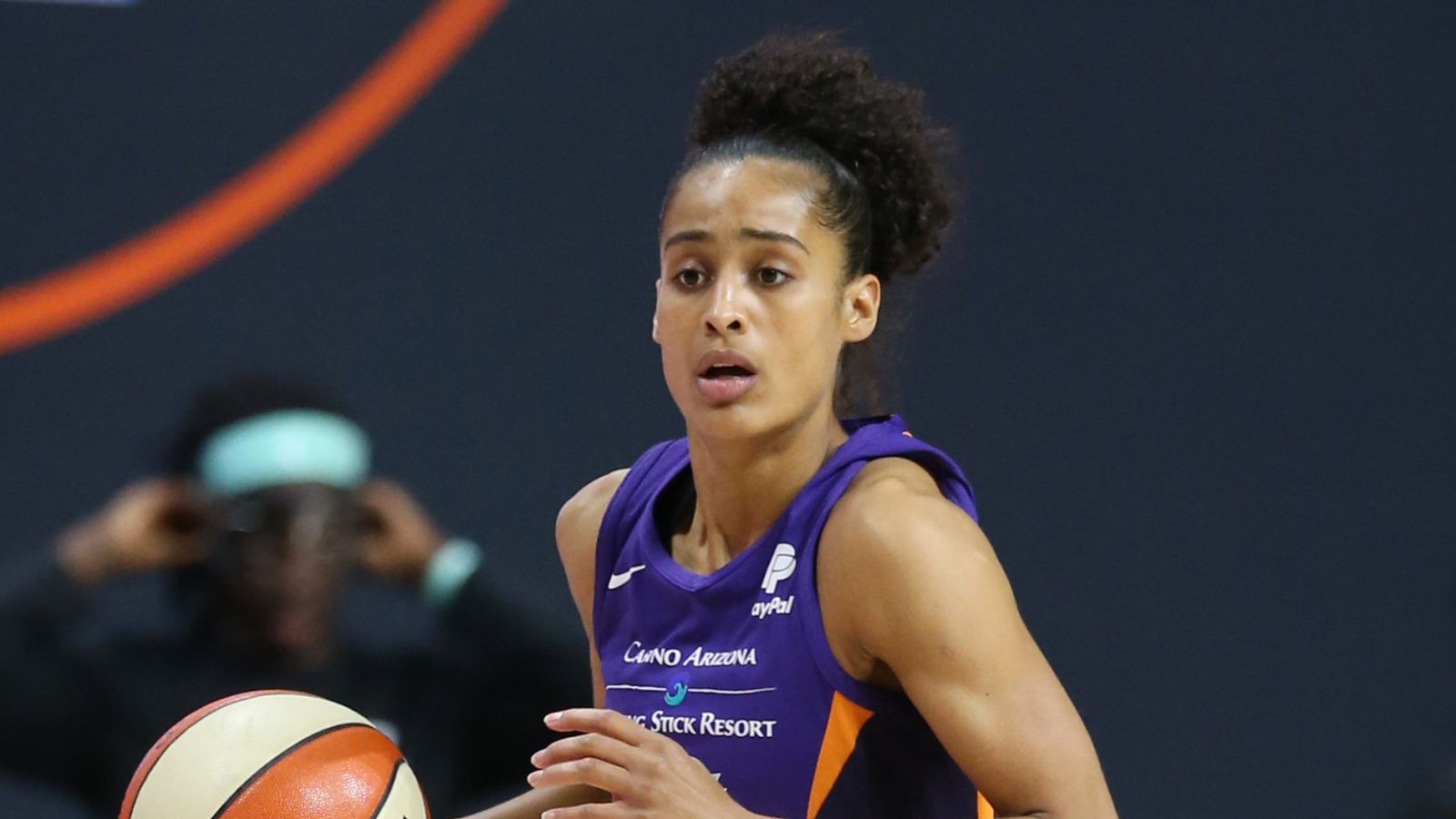 WNBA: Diggins-Smith pours in 30