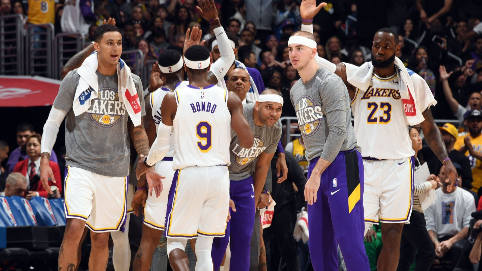 Lakers 'unified on social justice,
