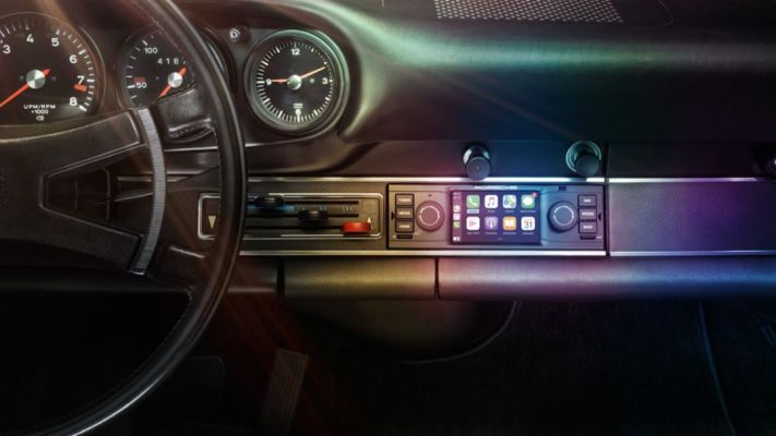 Porsche unveils CarPlay-equipped radios for
