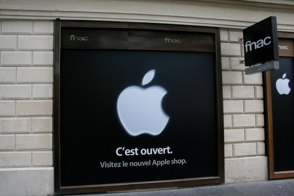 Apple fined record $1.2B in