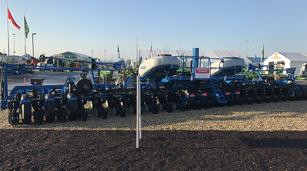 Kinze Features Industry Changing Planter Prototype At The 2017 Kinze