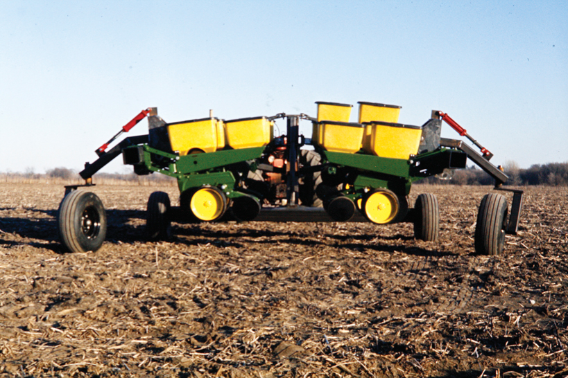 John Deere v  Kinze Part One: The Meeting of Two Fools | Kinze