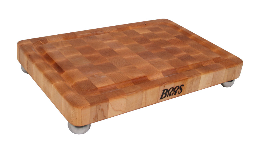 Boos Signature Maple Cutting Board - Steel Bun Feet, Grooved, 18