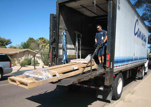 pallet on truck liftgate