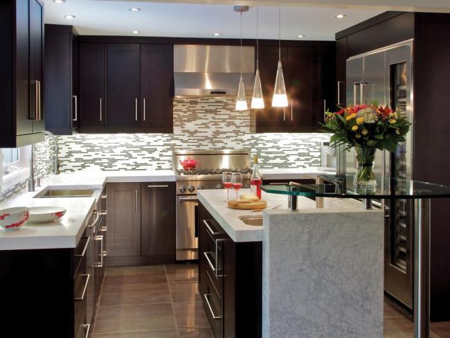 NKBA Award winning contemporary medium kitchen design