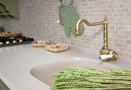 Integral-sink-in-countertop-with-faucet