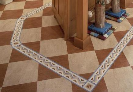 Checkerboard-Linoleum-Flooring-With-Decorative-Border