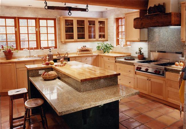 Maple and Gold Green Granite Countertops