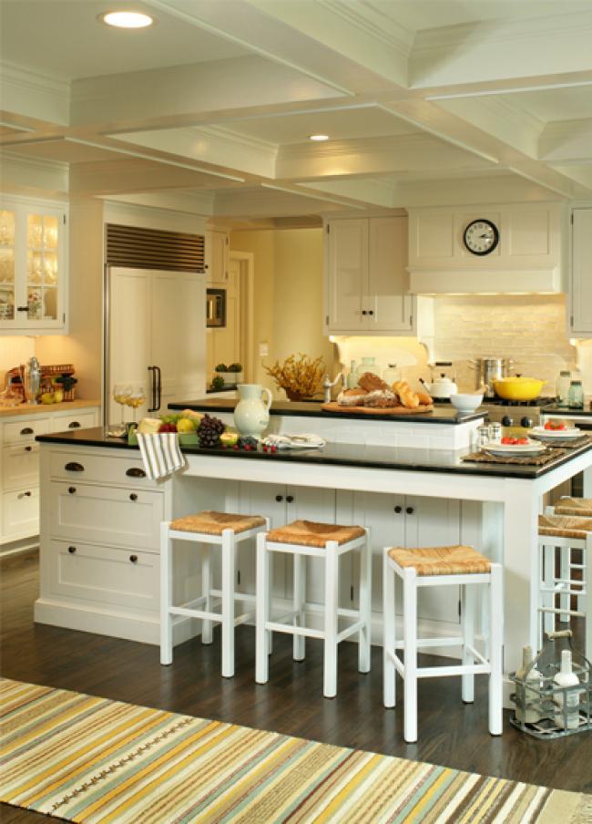 Hamptons-Style Kitchen