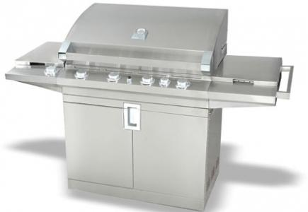 A spacious grill.
