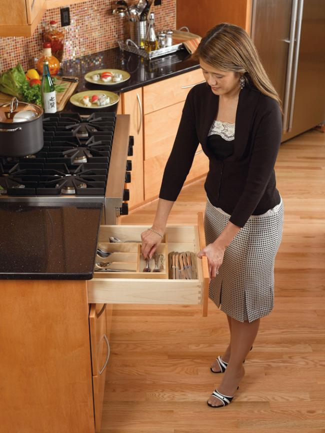 drawer divider by rev-a-shelf