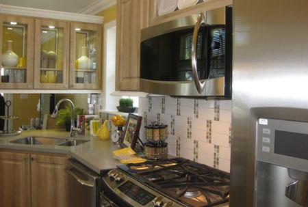 Small and Efficient Kitchen
