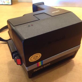 Rent Polaroid Spirit 600