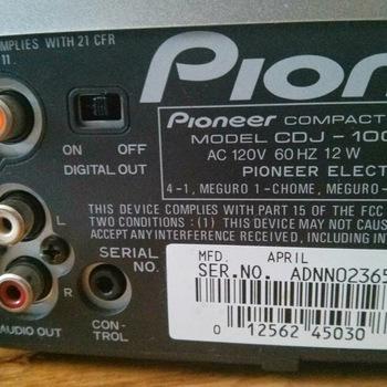 Rent Pioneer CDJ100