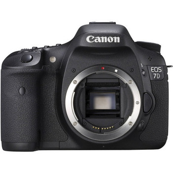 Rent Canon 7D with 28-135mm Zoom Lens