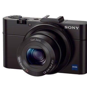 Rent Sony Underwater Kit (Camera, Housing, Strobe)